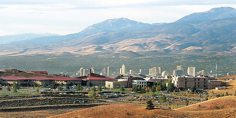"Article Image Yazir Nauhm-Barrios de Osorno, Chile:  estudiante de ""Fire Science Technology"" en Truckee Meadows Community College, Reno, NV"
