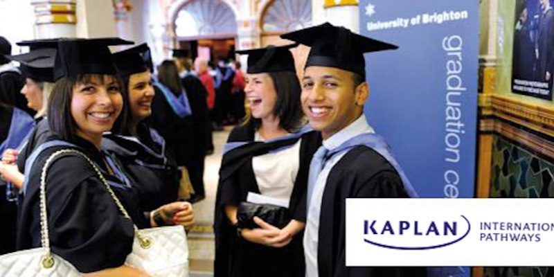 Article Image Study English with Kaplan International!