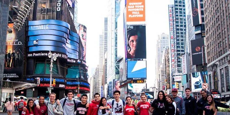 Article Image Lisa Maxwell from the Netherlands: Studying Business Management, Marketing and Economics at Manhattanville College
