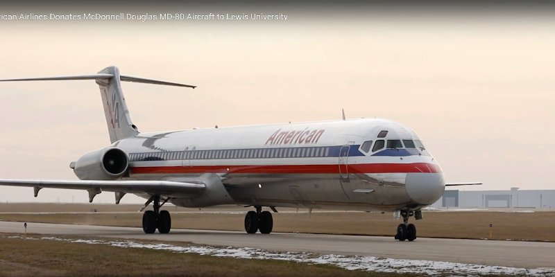 Article Image Lewis University: Recipient of One of Last Two McDonnell Douglas MD-80 Aircraft